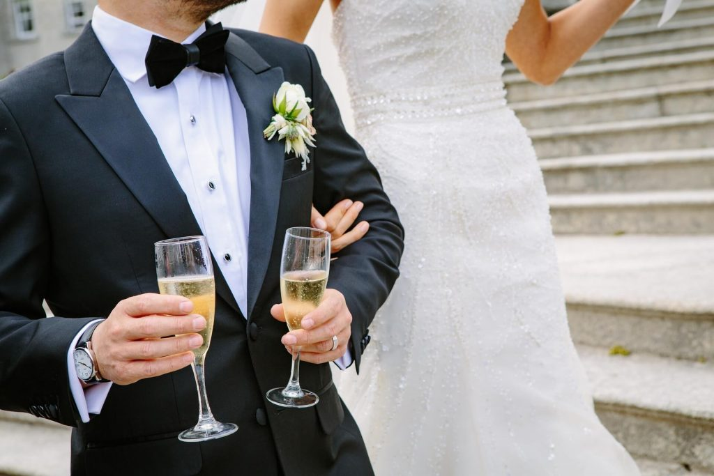 How To Get Your Groom Involved In The Wedding Planning