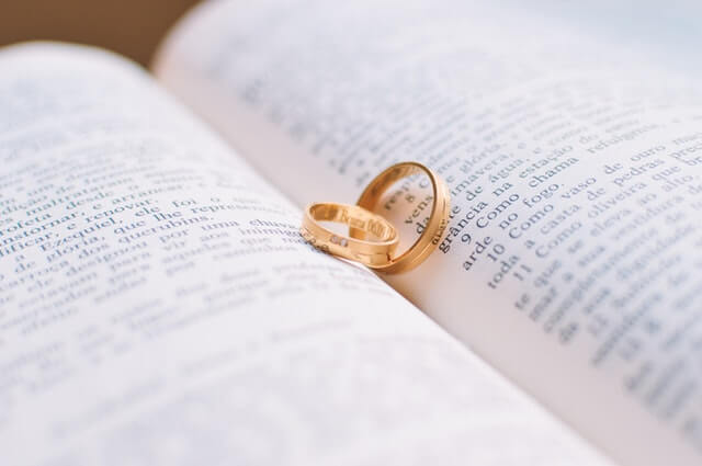 How to Personalize Your Weddings Vows
