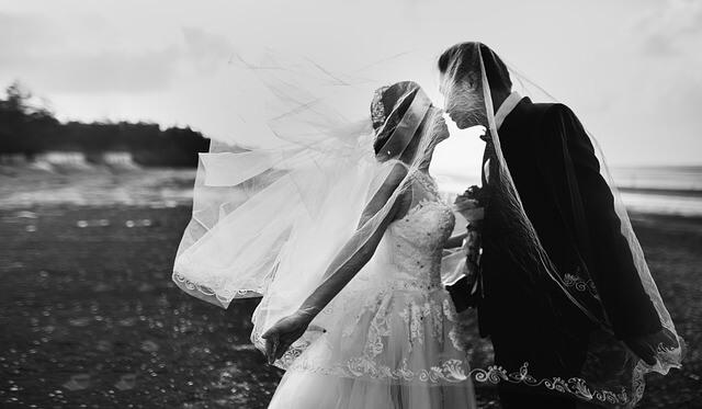 Simple Ways to Modernize Your Wedding Ceremony