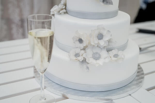 Wedding Cake Trends in 2020 to Keep Your Eye On